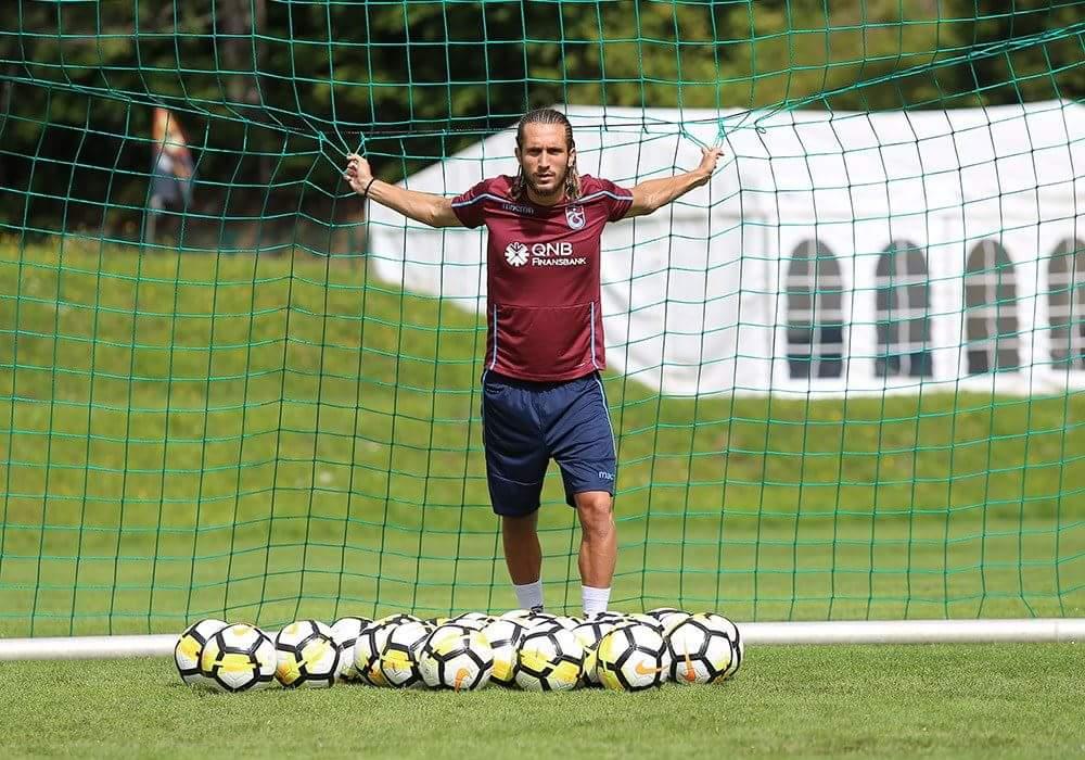 """RT @Trabzonspor: Yusuf Yazıcı: """"Bu yıl çok daha iyi bir Yusuf olacak"""" https://t.co/xG6Hmsm6SP https://t.co/Yl47naeaVN"""