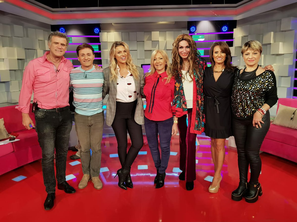 RT @NancyDure: Ahora @ailen_bechara y @MarianaAactriz en @implacablesC9 ! https://t.co/n2KDUeel8P