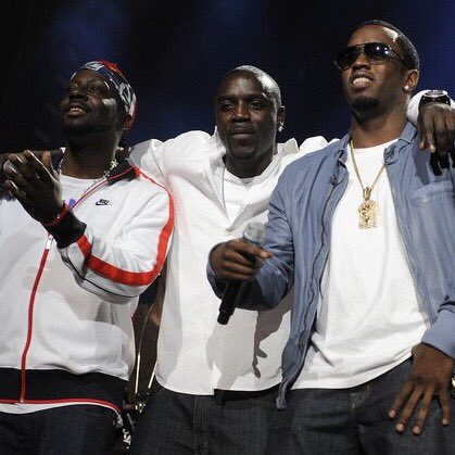 My brothers @wyclef @Diddy https://t.co/sLMU8WEMc2