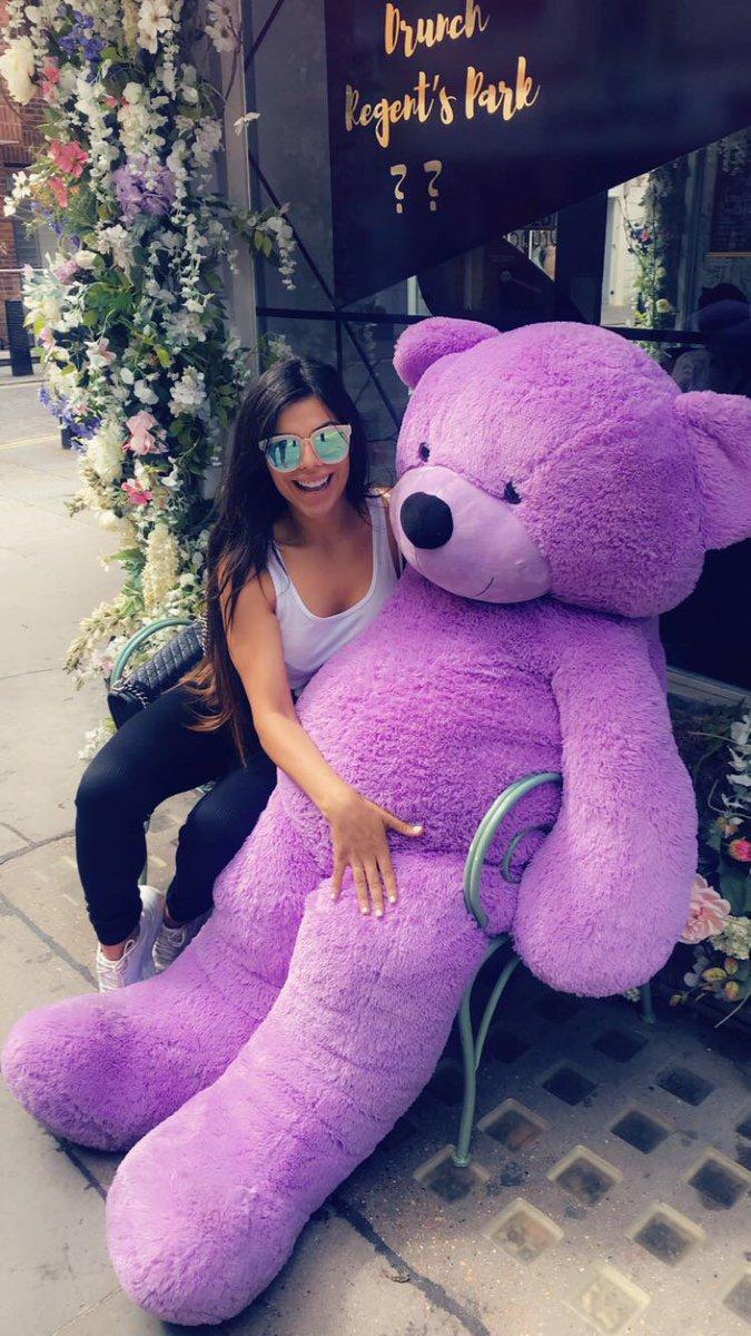 In love ???? Ursinho Ted ???????? https://t.co/GASsDDs8gv