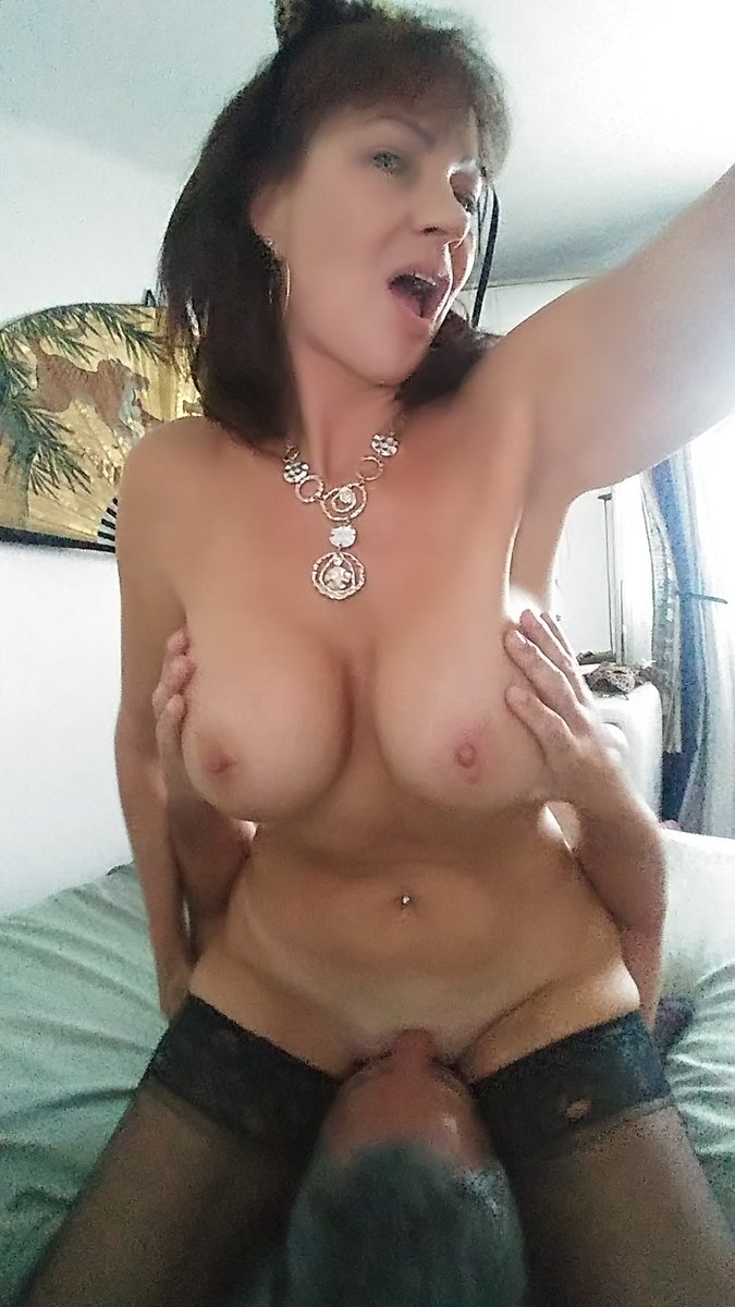Now it's playtime  I'm a naughty cougar 81lvpHbbaC