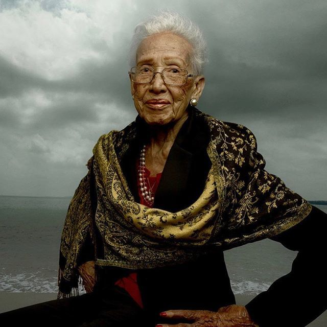 Happy 100th Birthday to Ms. Katherine Johnson, NASA human computer who calculated trajectories for the Apollo space missions by hand! https://t.co/ZFZAmM3jYd