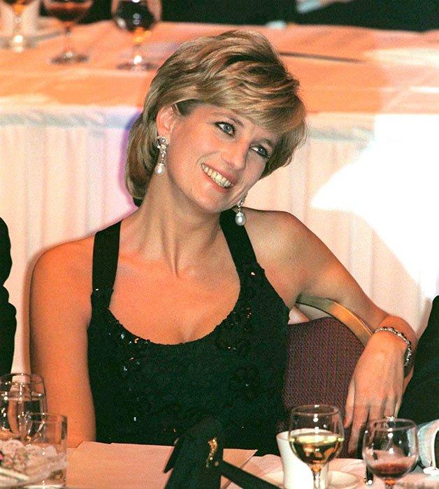 How Princess Diana's manicure broke royal rules  ???
