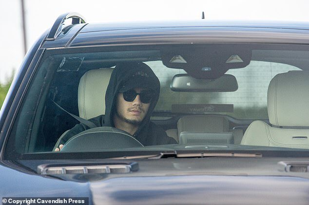Andreas Pereira wore a hoodie and dark glasses as he arrived in his black Mercedes https://t.co/7RnehLeoU7