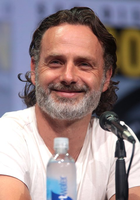 Happy Birthday to the one and only Andrew Lincoln!!!! I hope he has the best day!