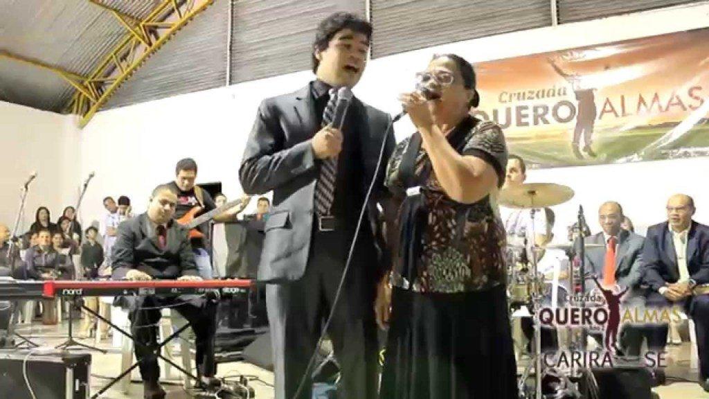 SAMUEL MARIANO E A MÃE fazendodueto https://t.co/aGNh8TFzIJ https://t.co/HjW10dYqK1