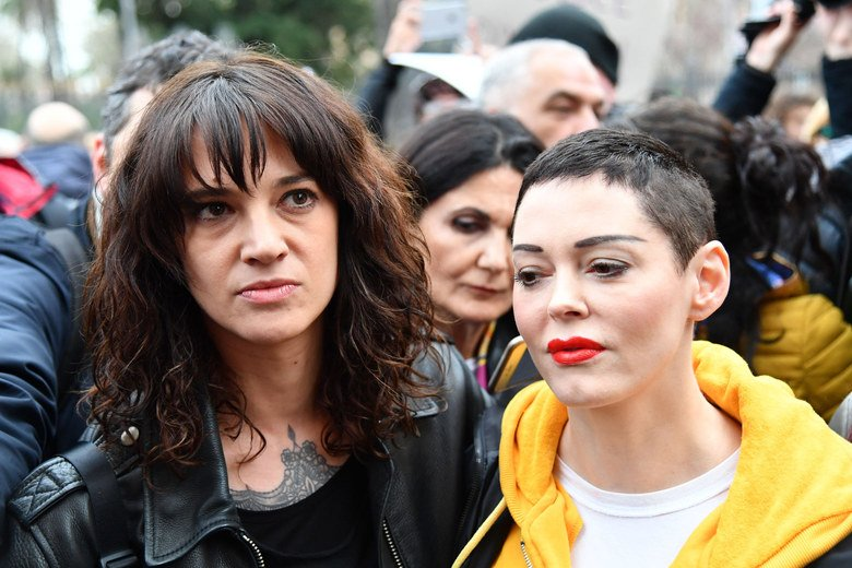 RT @Slate: Why the feud between Asia Argento and Rose McGowan is so incredibly dispiriting: https://t.co/DSuXQiHhVK https://t.co/6BkLlPhwan