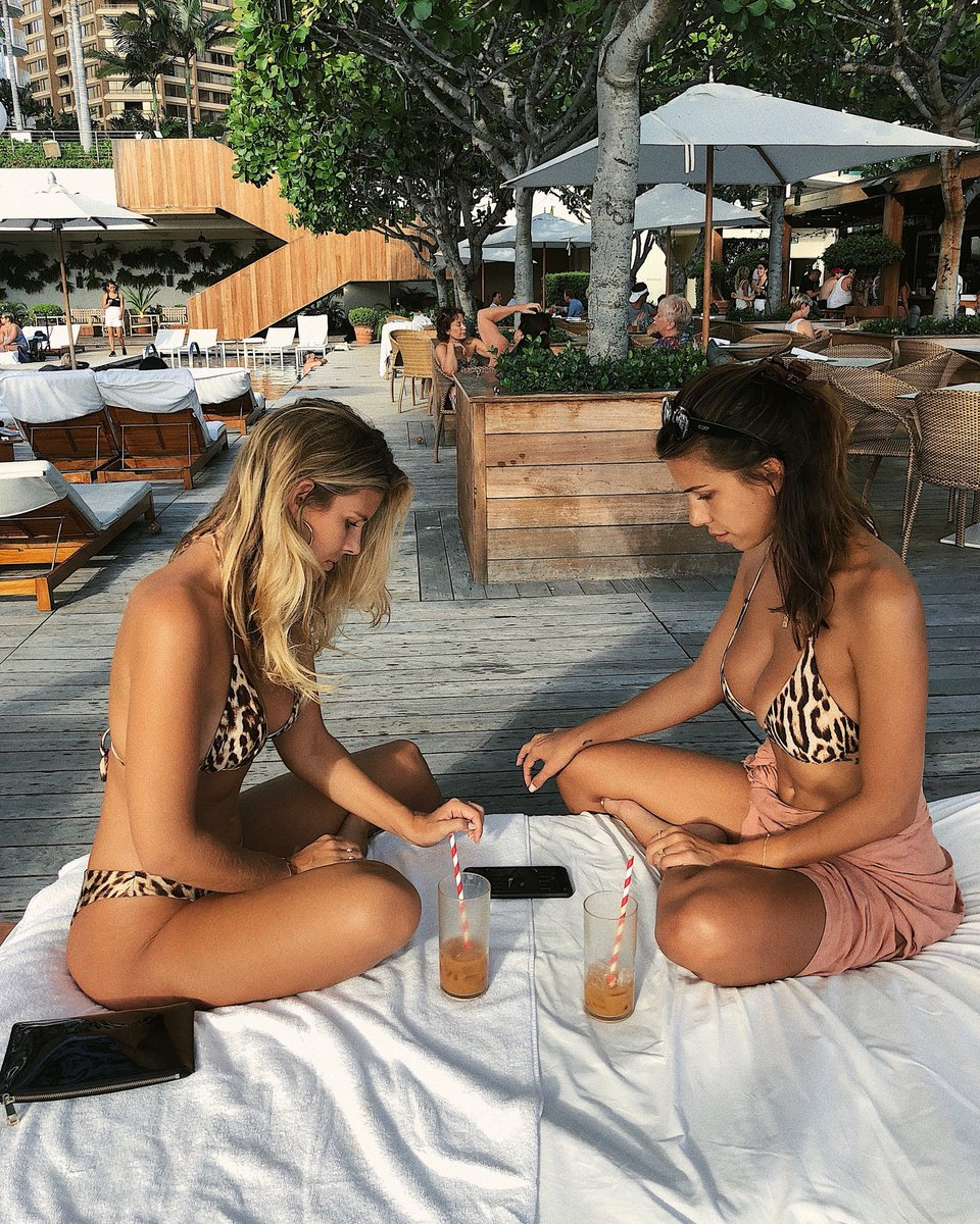 Doesn't matter who wins because we share our success ????✨ @devinbrugman #backgammon https://t.co/0C9tefpJ79