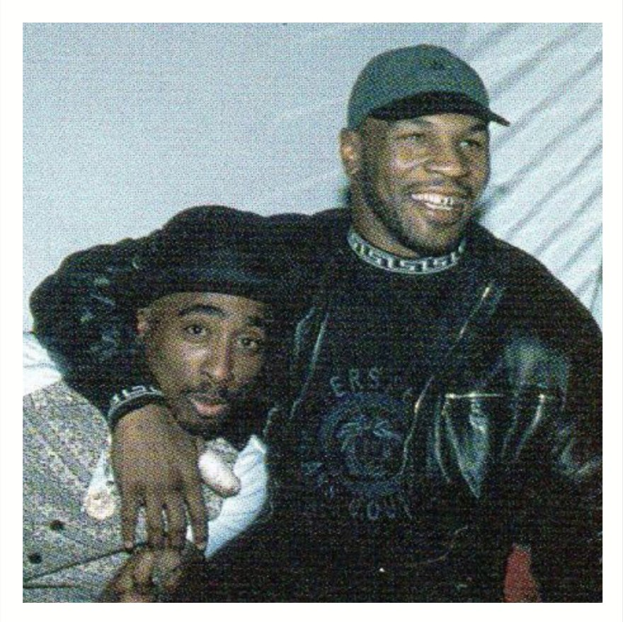 My favorites, Tupac and Versace. #tbt #2pac #miketyson https://t.co/XVbiv1hbV9