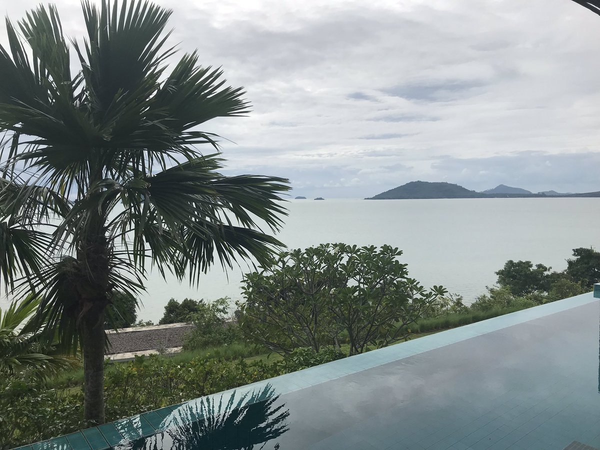 Morning #Thailand! OnbMpdeNkA