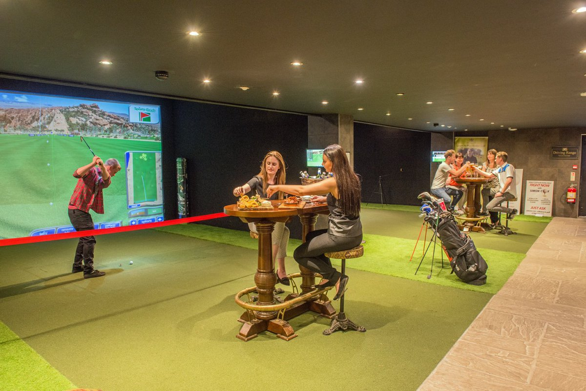 test Twitter Media - If you don't fancy braving the elements then why not book one of our high tech Sports simulators or snooker/pool tables? Simulators £20 per Hr for upto 4 players. Snooker/Pool Tables £5 1st hour, £2.50 continuation hr. Visitors most welcome. Tel: 01446 781781 to book. https://t.co/8m7CtUrIxO