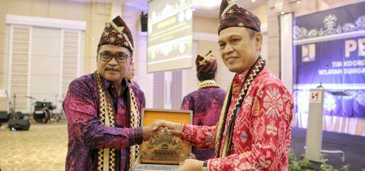 Taufik Hidayat Pimpin TKPSDA Mesuji Tulang Bawang Dan SeputihSekampung https://t.co/8mIH4FodxO https://t.co/idpRrXj8mm