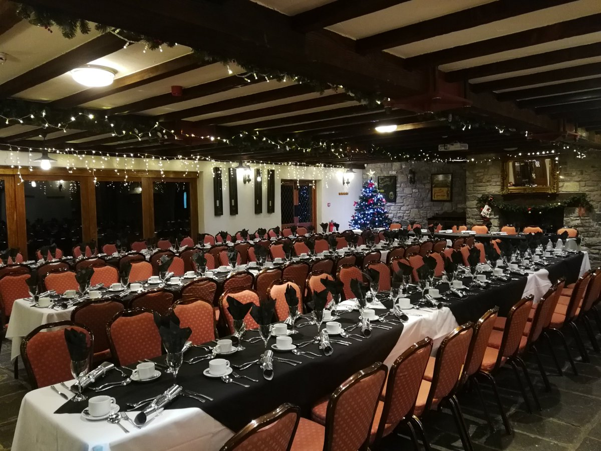 test Twitter Media - 🎄Seniors Christmas Lunch 🎄  -Wednesday 12th December -  We  got extra festive today with our Annual Seniors Christmas Lunch at Cottrell Park and what a great day it was!  #christmas #golf #cottrellpark https://t.co/k6JJi6csiM