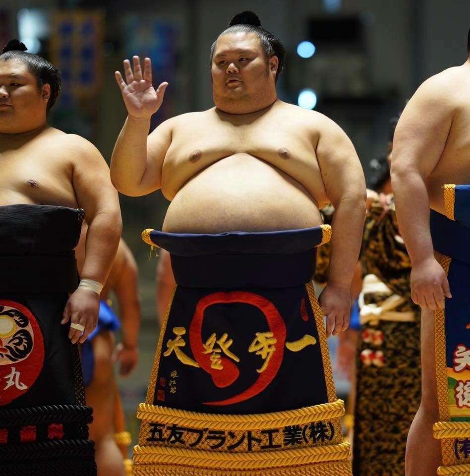 大相撲沖縄場所、千代丸たん安定のかわいさ♡ https://t.co/guSStfkI2B