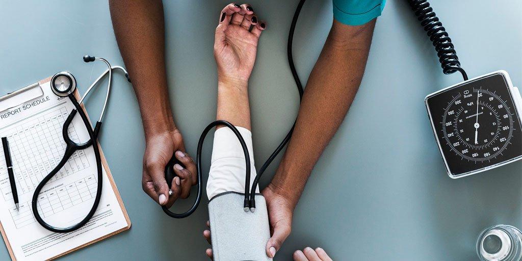 test Twitter Media - El 90% de quienes no controlan su #hipertensión tiene un alto riesgo cardiovascular, según la Sociedad Española de Hipertensión. Sigue estos sencillos hábitos y consejos que te ayudarán a controlarla. #AESTEinforma vía @SaberVivir_Tv https://t.co/kOApP3ie1r #PersonasMayores https://t.co/LNCws1eDoP