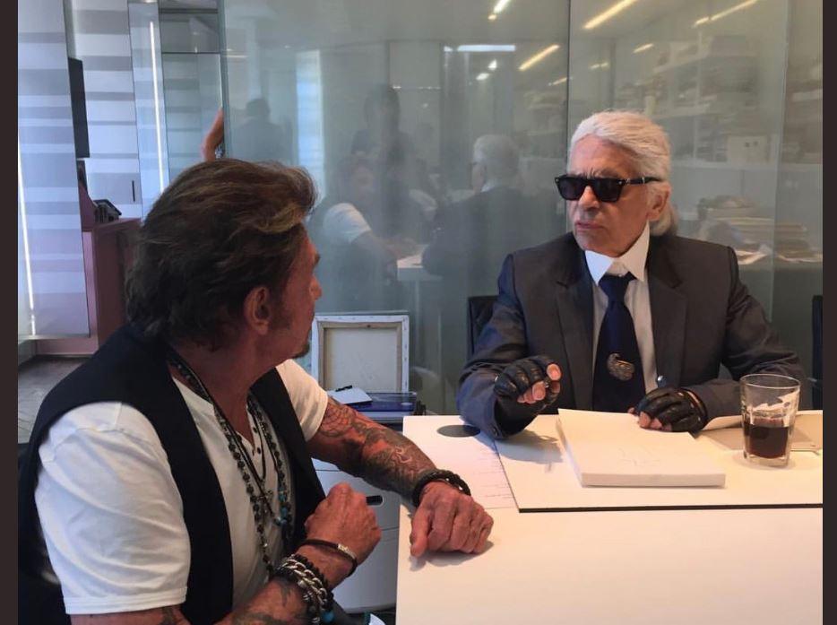 Karl Lagerfeld mort : L'hommage de Laeticia Hallyday avec de rares photos de Johnny https://t.co/v5eFGgi3NL https://t.co/GWYa1xoQxJ