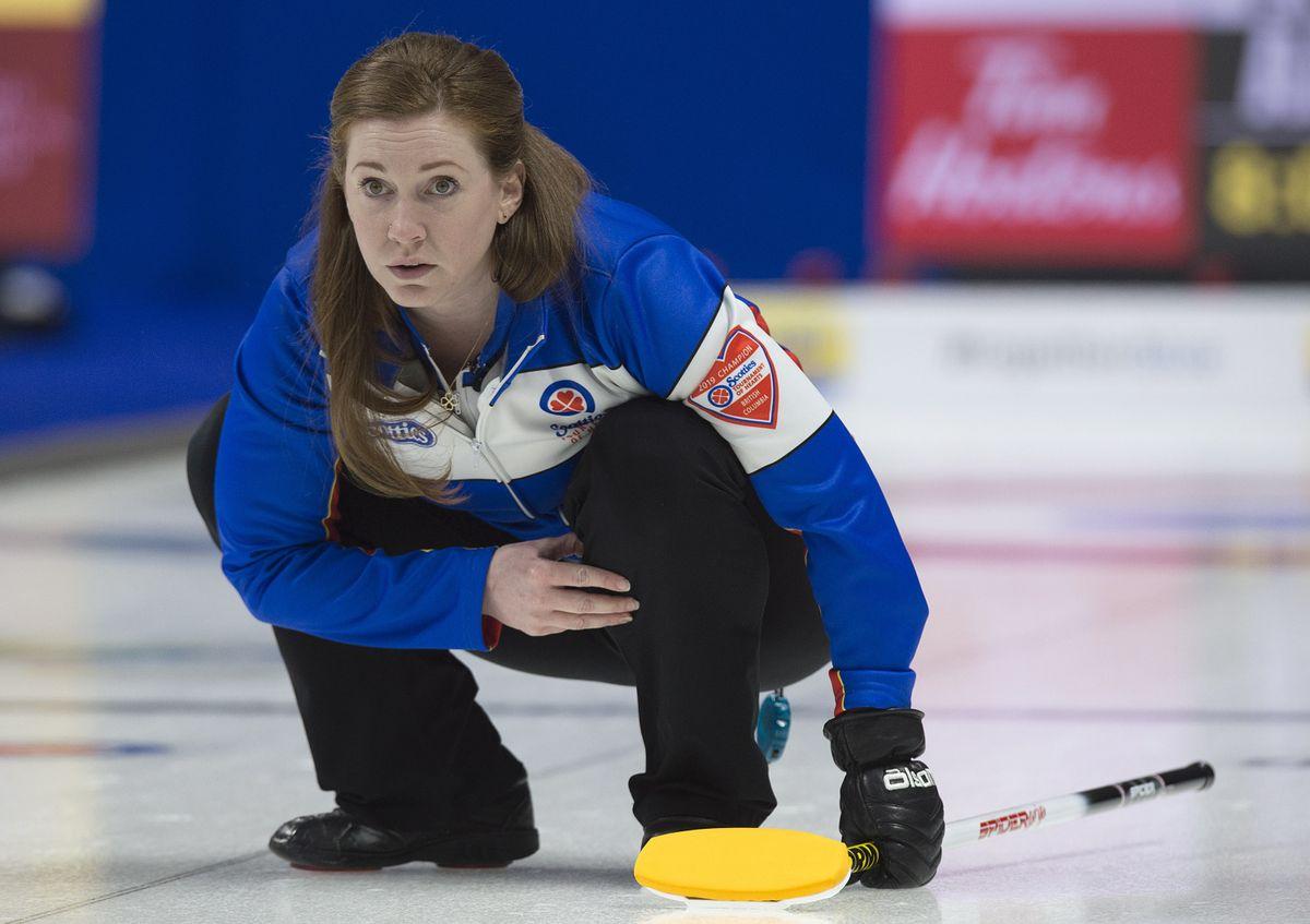B.C.'s Sarah Wark upsets Manitoba's Tracy Fleury 8-5 in Scotties tiebreaker @Globe_Sports
