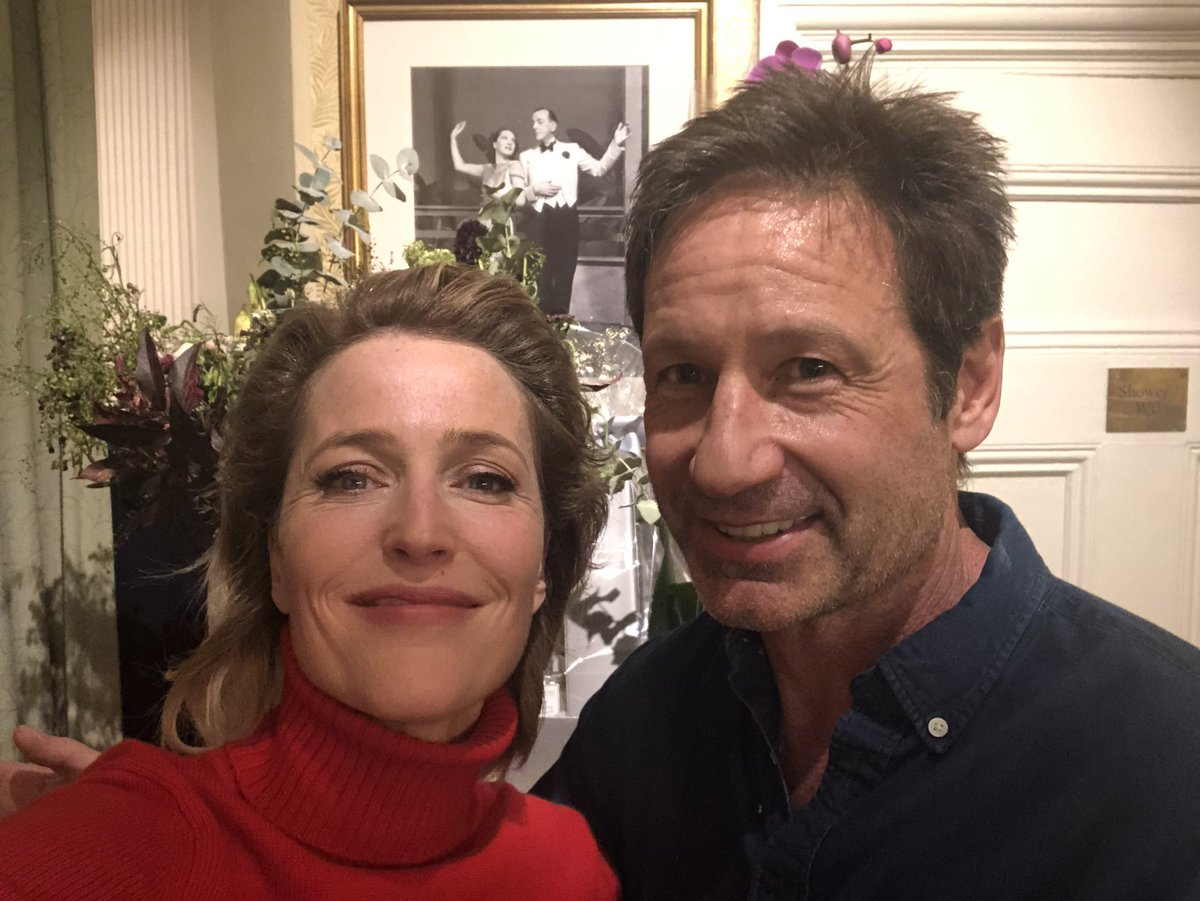 Mom and dad backstage @AllAboutEvePlay.  Thanks for coming @davidduchovny! https://t.co/RwsPuw6ewv