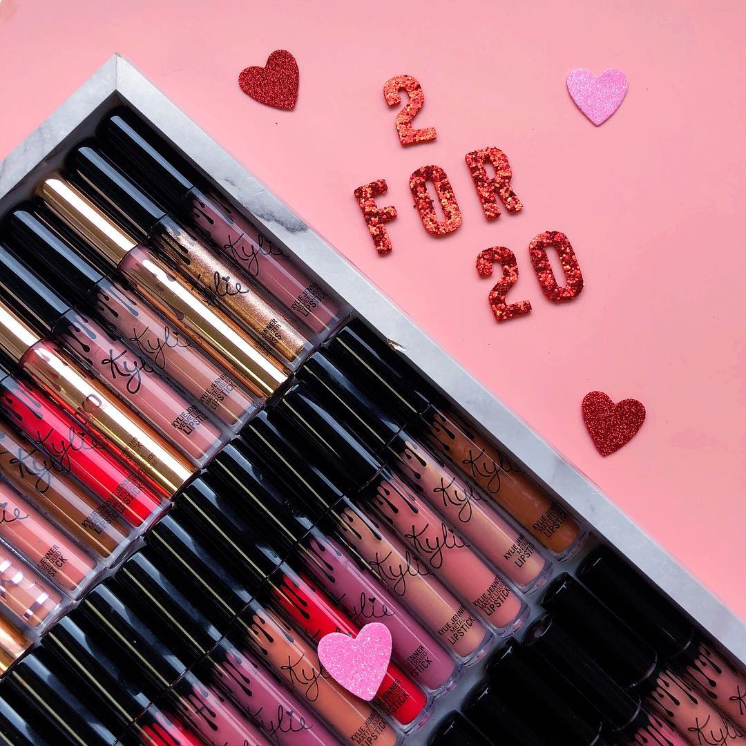 2 for $20 lip singles sale is HAPPENING NOW on https://t.co/bDaiohhXCV #ValentinesDay https://t.co/hwNjxVT4fl