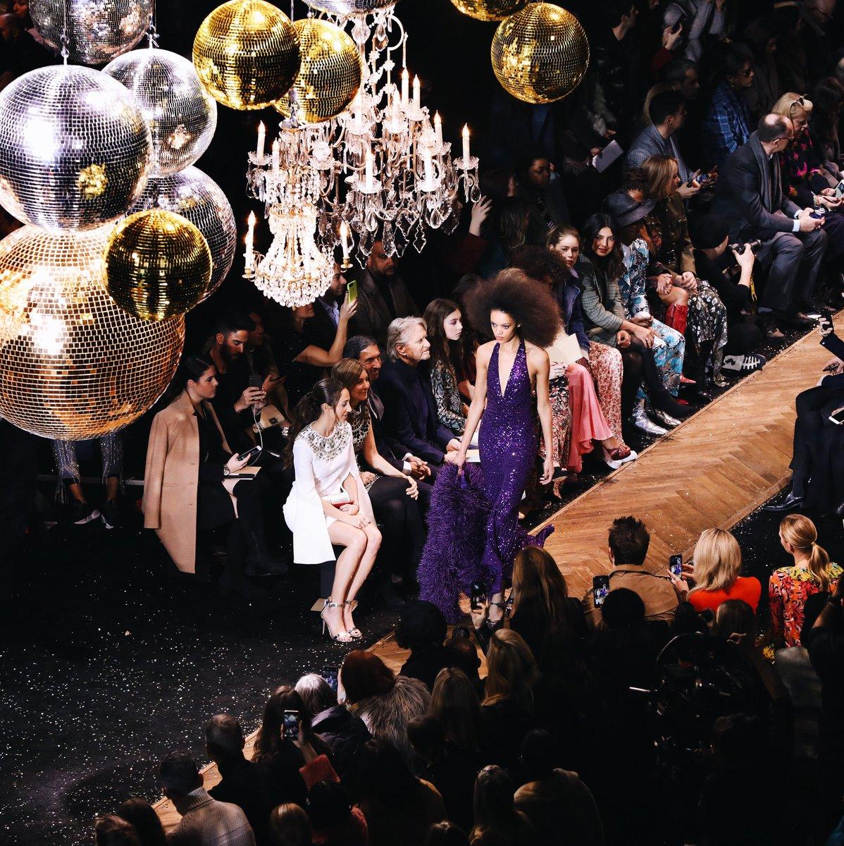 Ballroom beauty. #AllAccessKors #MichaelKorsCollection #NYFW https://t.co/ySuUK1m6UD