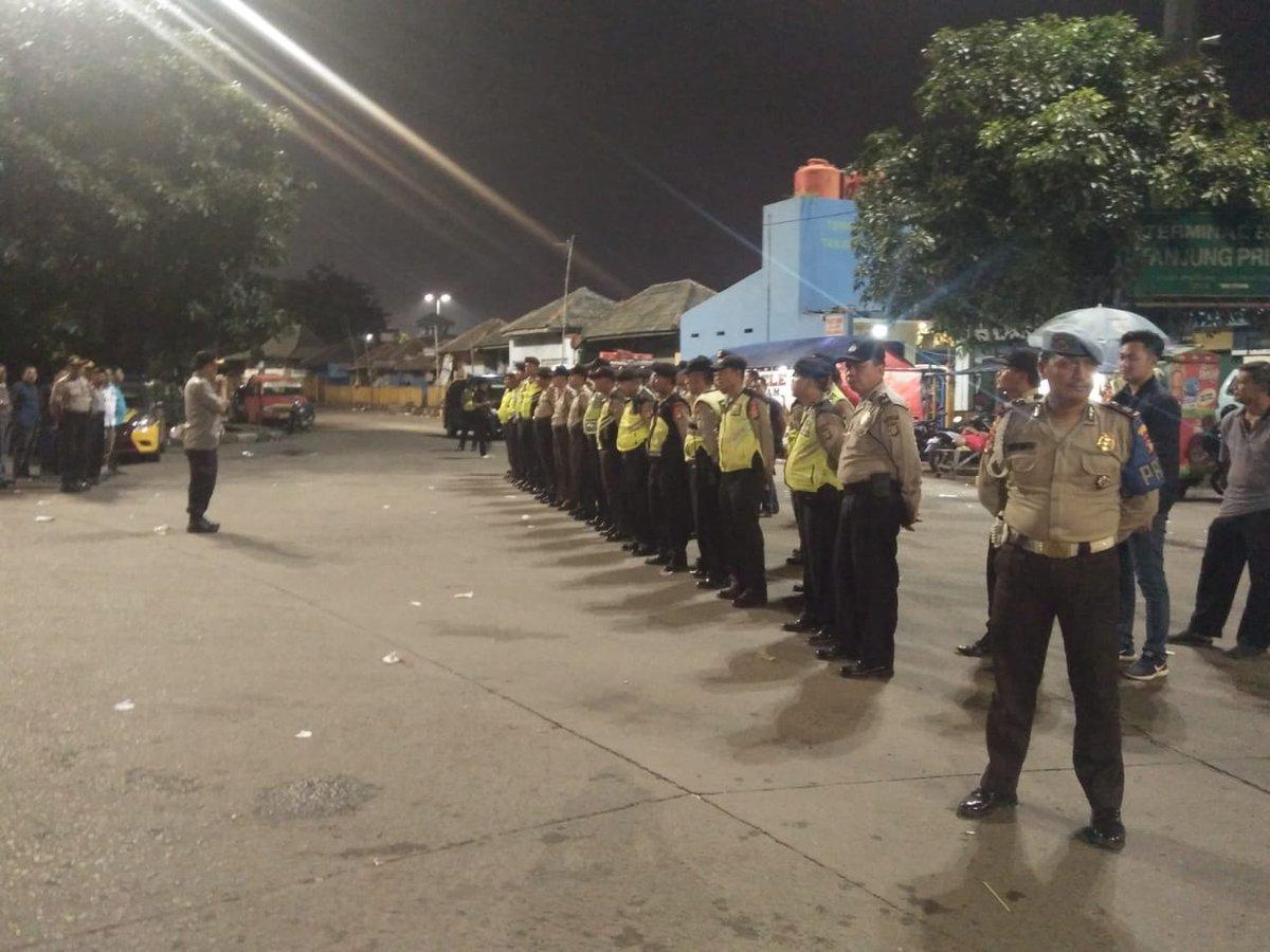 23.41 Apel cipta kondisi wilayah JakUt di lanjutkan dengan patroli malam