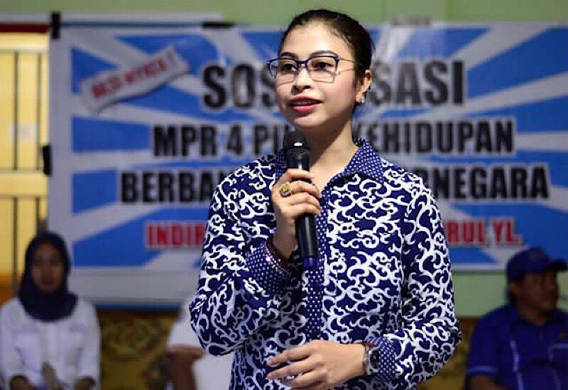 Dampingi Danny Pomanto di Pilwali Makassar?, Titha Disebut Magnet Pemilih Perempuan - https://t.co/eZ3Ninq88h https://t.co/r8yFG1z1qY