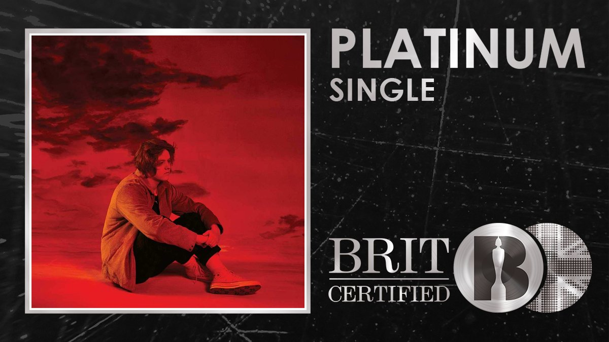 RT @BRITs: It's #BRITcertified Platinum for @LewisCapaldi's stunning 'Hold Me While You Wait'! 🇬🇧💿 https://t.co/gLb5qHYnn0