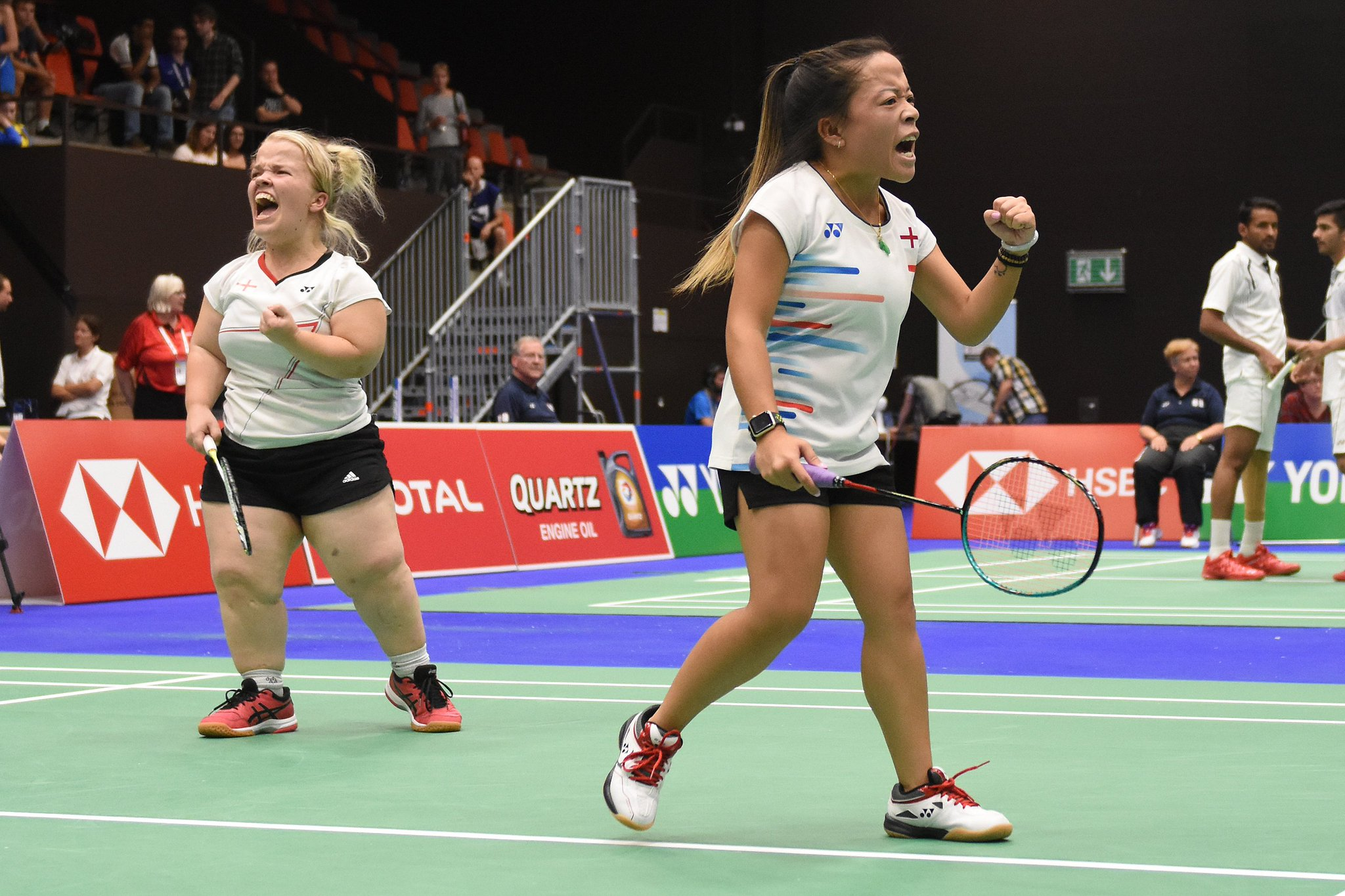 What a performance from @rach_choong and @becky_badminton in Basel to claim @BadmintonEnglnd's first gold medal of the World Championships! 🥇  The pair defeated Canada's Carmen Giuliana Poveda Flores and Katherine Valli of the USA 27-25 21-17 in the final https://t.co/JR0gfN5HUK