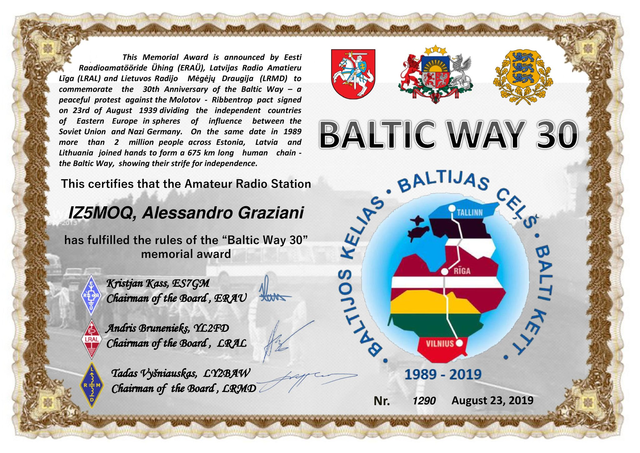 """🌿 ... """"On the same date in 1989 more than 2 million people across #Estonia, #Latvia and #Lithuania joined hands to form a 675 km long #human chain – the#Baltic Way, showing their fight for independence""""  