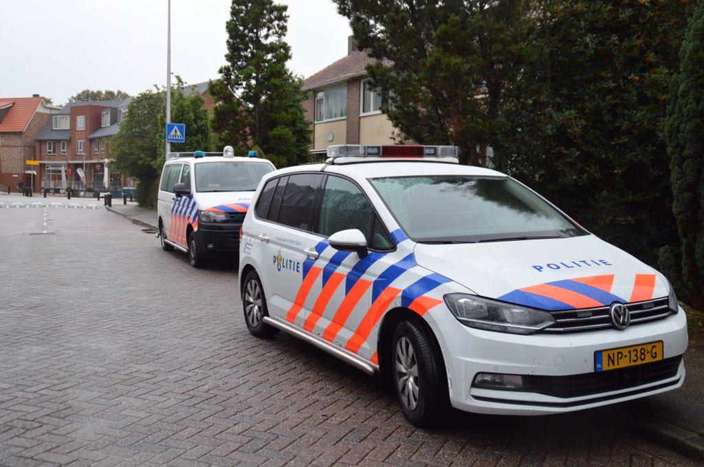 Er heeft zojuist een (poging tot) woninginbraak plaatsgevonden op de Huis Te Veldelaan in Maasland.