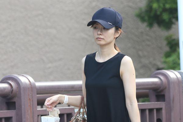 test ツイッターメディア - 【女性自身報道】嵐・二宮和也が伊藤綾子さんと同棲開始か https://t.co/J5RANkLRd8  3億円にもなる超高級マンションを二宮が購入。「内見の際は2人で来店し、付き合っていることを隠す様子もなかった」という。 https://t.co/O1jlH7Hh9v