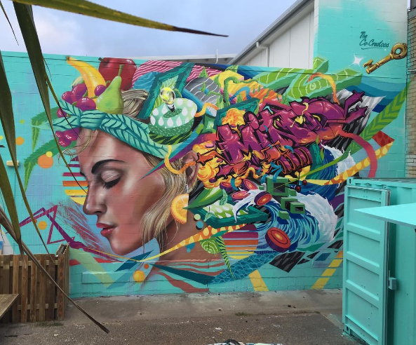 ... like beauty and flowers #StreetArt #Art #Beauty #Flowers #Graffiti #Mural #UrbanArt #Noosa https://t.co/Pmq0vVzBGN