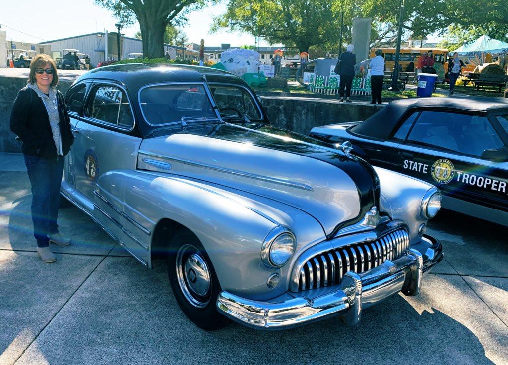 1947? Buick Eight NC Highway Patrol Cruiser @NCSHP @NCStateFair  @kmandei3 @ClassicCarsSMG @turk3655 @OldSchRides @OldCarsWeekly @oldcaronline @OldCarNutz https://t.co/vIO8qnLBbJ