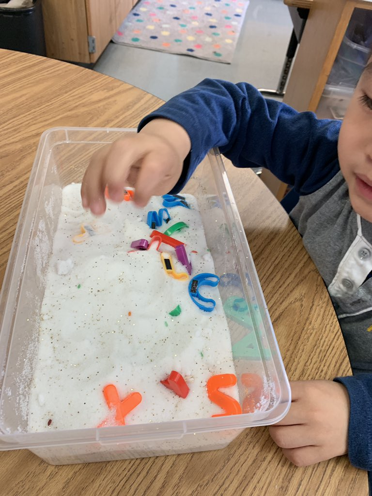 test Twitter Media - Sensory bins are fun, but sensory bins that help us learn are my FAVORITE! I love being able to differentiate activities like this for all of my students. We had a blast exploring pasta, fake snow, and rice while identifying letters, sounds, blend words and sight words! https://t.co/OC3EqpLGbp