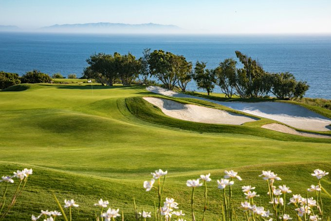 """For the second year in a row, @TrumpGolfLA has been awarded """"Best Playing Conditions"""" in all of Los Angeles! Congratulations to our team"""