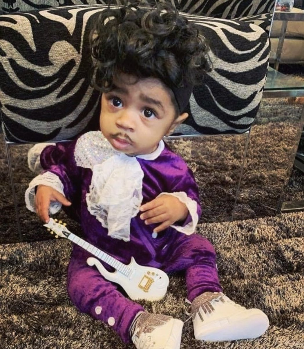💜 FREE TICKETS 💜 The next .@RRPHKIDS event is coming up on SAT, 2/22, playing the music of #Prince for Kids.   Show up to the Bowl with your little one dressed in purple, and *TAG* @RRPHKIDS + .@BBowlVegas for a pair of #FREE tickets to another show.
