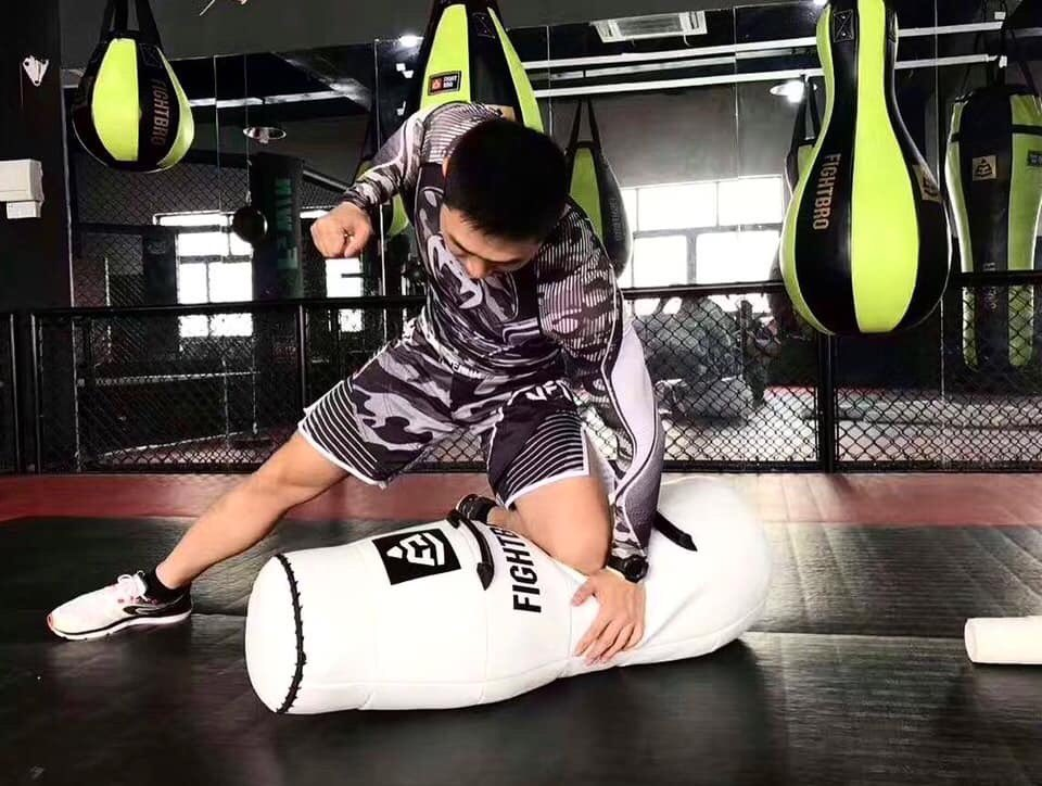 #FightBro grappling dummy, durable and beautifully crafted for all your MMA needs. ————————————————— #mma #mmatraining #mmafighter #bjj #bjjlifestyle #bjjtraining #martialarts #mmalifestyle #training #mmadummy #mmadummytraining #grappling #nogigrappling #mma2020