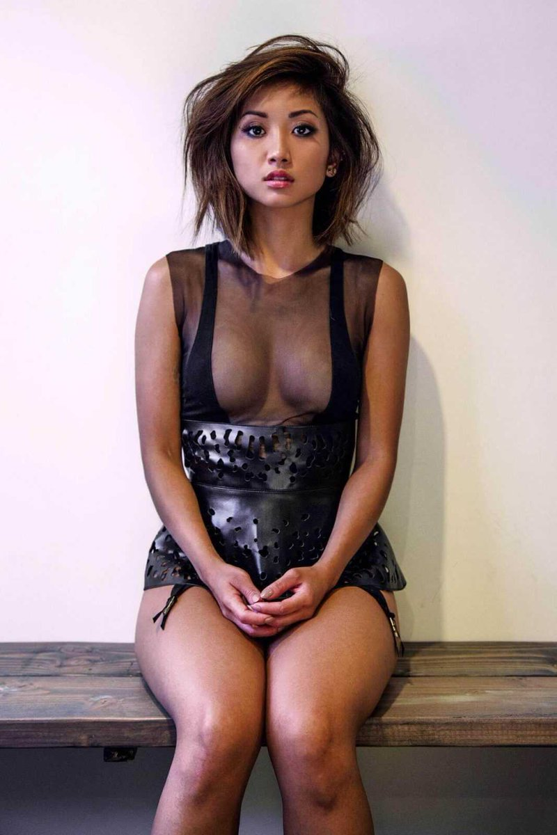 @SexyCelebs8___ Wow Brenda Song looks totally an incredible in that video she's totally one of my favorite actresses in the universe totally an amazing goddess body and she's one of the hottest and sexiest women goddess in the universe totally love Brenda Song 🥰😘💞❤️😻😍💋💖