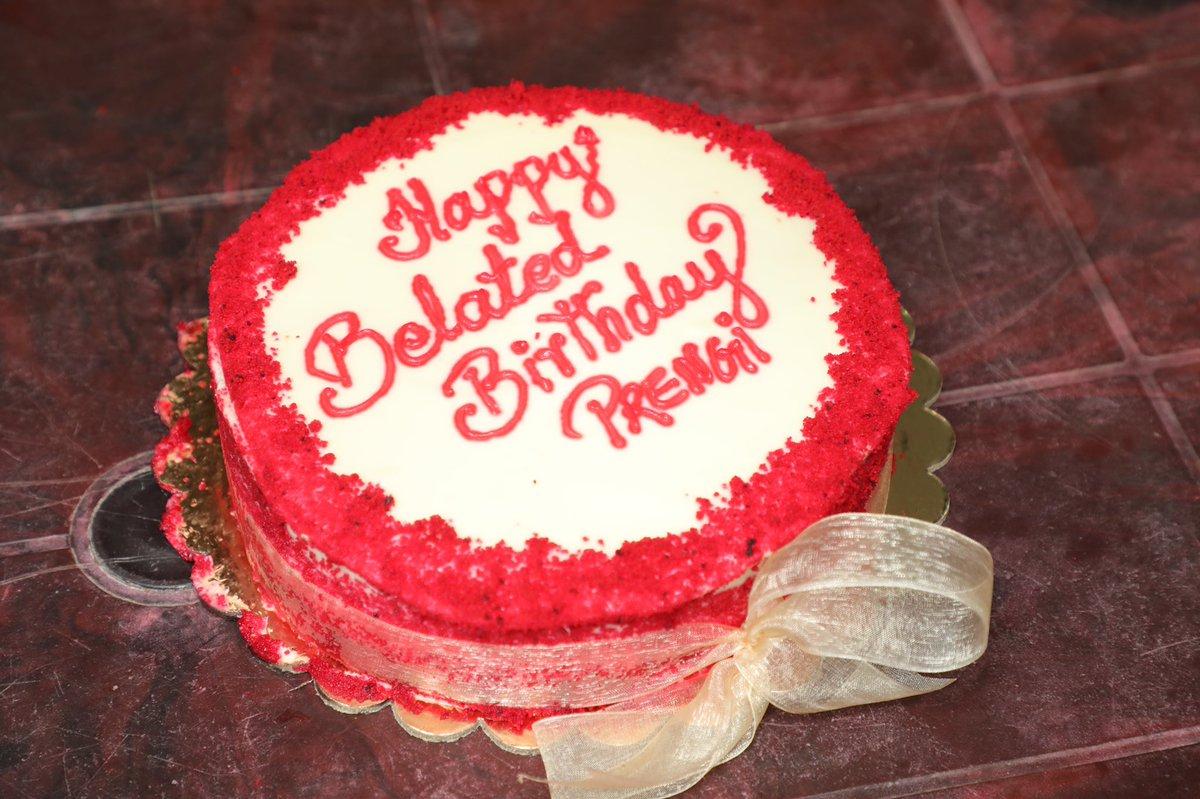 Belated Birthday Celebrations of @Premgiamaren from the #Maanaadu Shooting Spot!! #birthdayboy #str #SilambarasanTR @vp_offl @kalyanipriyan @Richardmnathan @sureshkamatchi