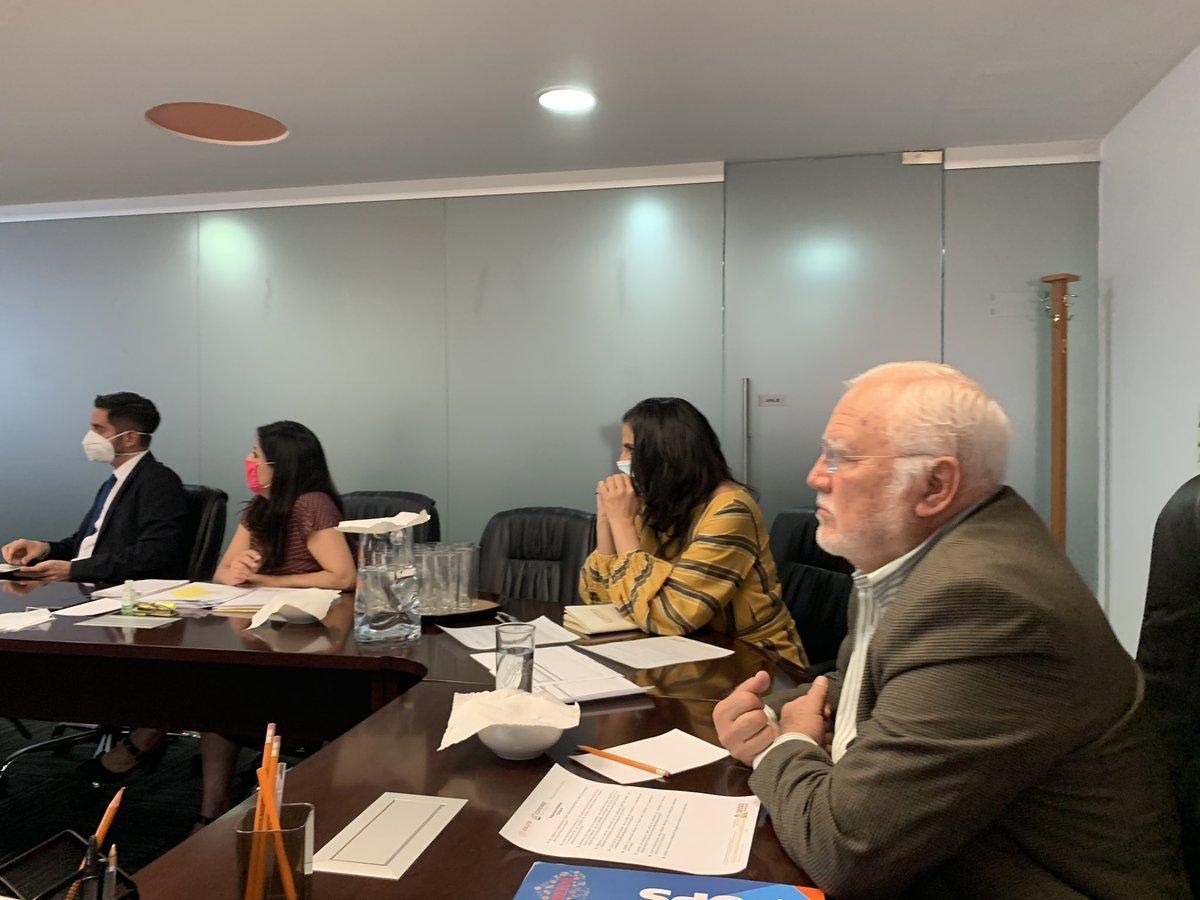 OPS apoyando a la COFEPRIS para reforzar su capacidad regulatoria en el marco de la emergencia sanitaria por covid19 en 🇲🇽: la seguridad del paciente y de los profesionales de salud al centro de las preocupaciones👏👏👏 @SSalud_mx @opsoms #Covid_19mx #SaludParaTodos