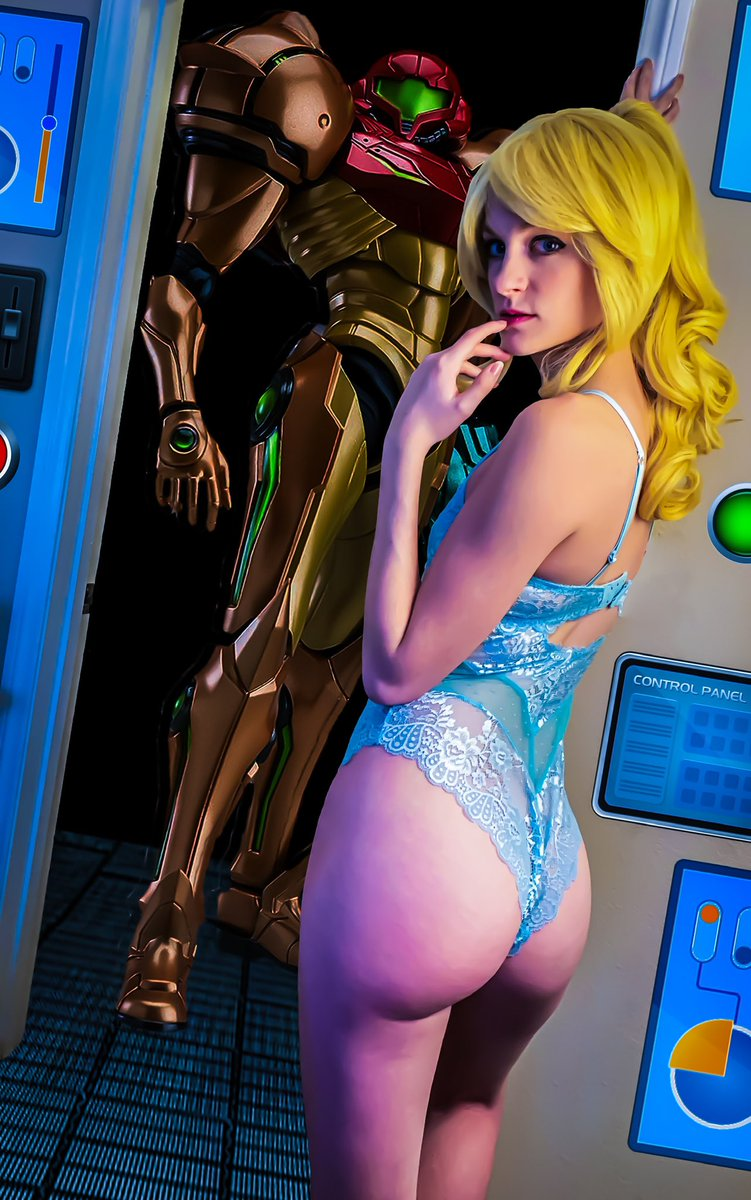 Sometimes it's not easy to decide what to wear in the morning..  #samus #Metroid