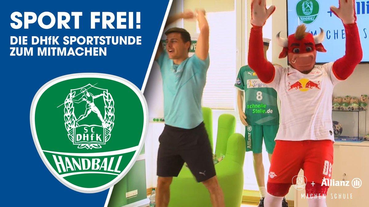 Heute turnen wir in unserer Sportstunde einen Besuch im Fußballstadion bei @DieRotenBullen nach! ⚽☺ https://t.co/hWEnZRZDqS https://t.co/AhpxSN7TlJ