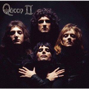 #NowPlaying  現実逃避したいので、これ #Queen Ⅱ ブラックサイド好きだなぁ✨ ライ王国へ連れてってよ😭