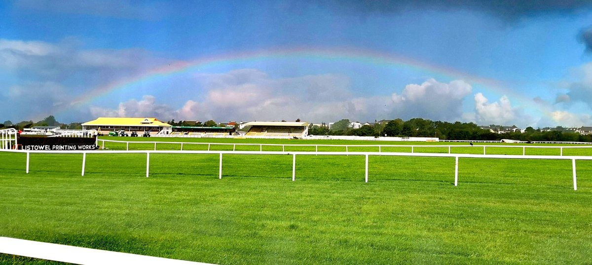 test Twitter Media - And we're off here @ListowelRaces for Day 1! https://t.co/4Mc7Tua69D