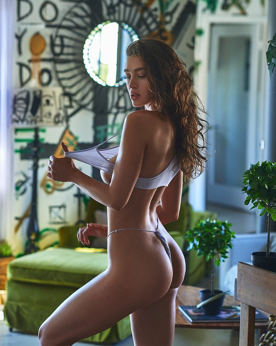 To making your pause a little peachier.... @jordynjohnsonn 🍑 📷@joeywrightphoto   #IMPLIED #impliedmagazine #beautiful #sexy #model #art #photography #picoftheday #photoshoot #fit #fitness #fitgirl #figure #body #bodypositive #boudoir #lingerie