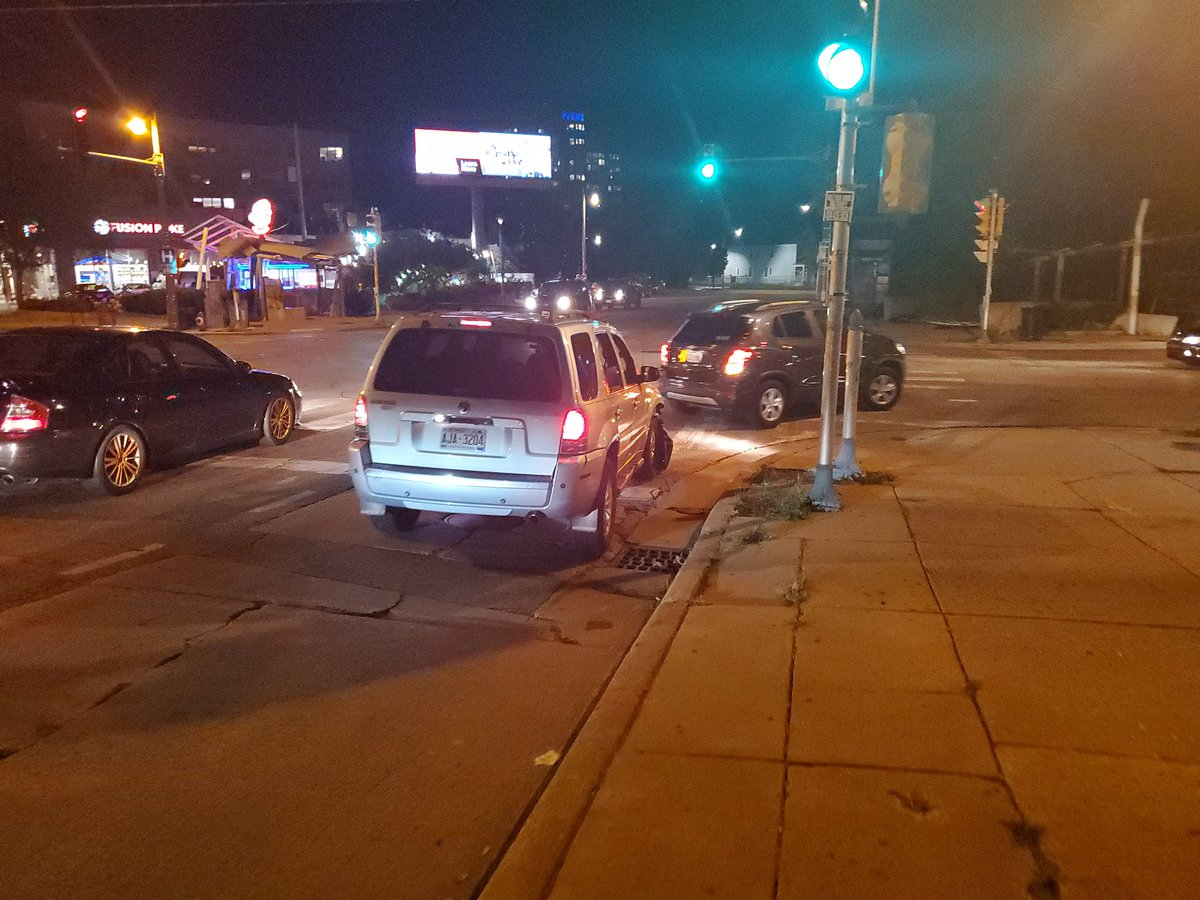 Not to be a nark, but this Mercury Mariner totally just rear ended someone on Oakland Ave and fled the scene. They left their front plate as a souvenir.
