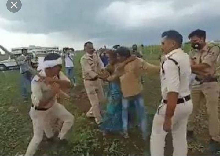 @JM_Scindia @IRBMishra और आज वहीं देश अपनो का ही गुलाम बनकर  रह गया..#बाल_गंगाधर_तिलक शत नमन🙏