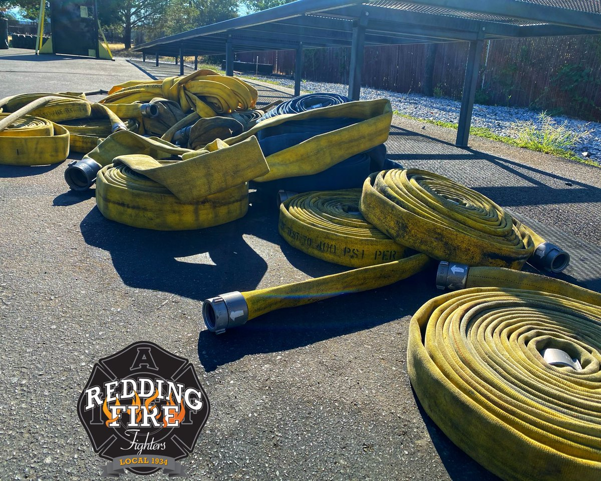 Busy Saturday for #reddingfire  Two working fires in an hour requiring all RFD resources plus mutual aid engines to help. #reddingfirefighters