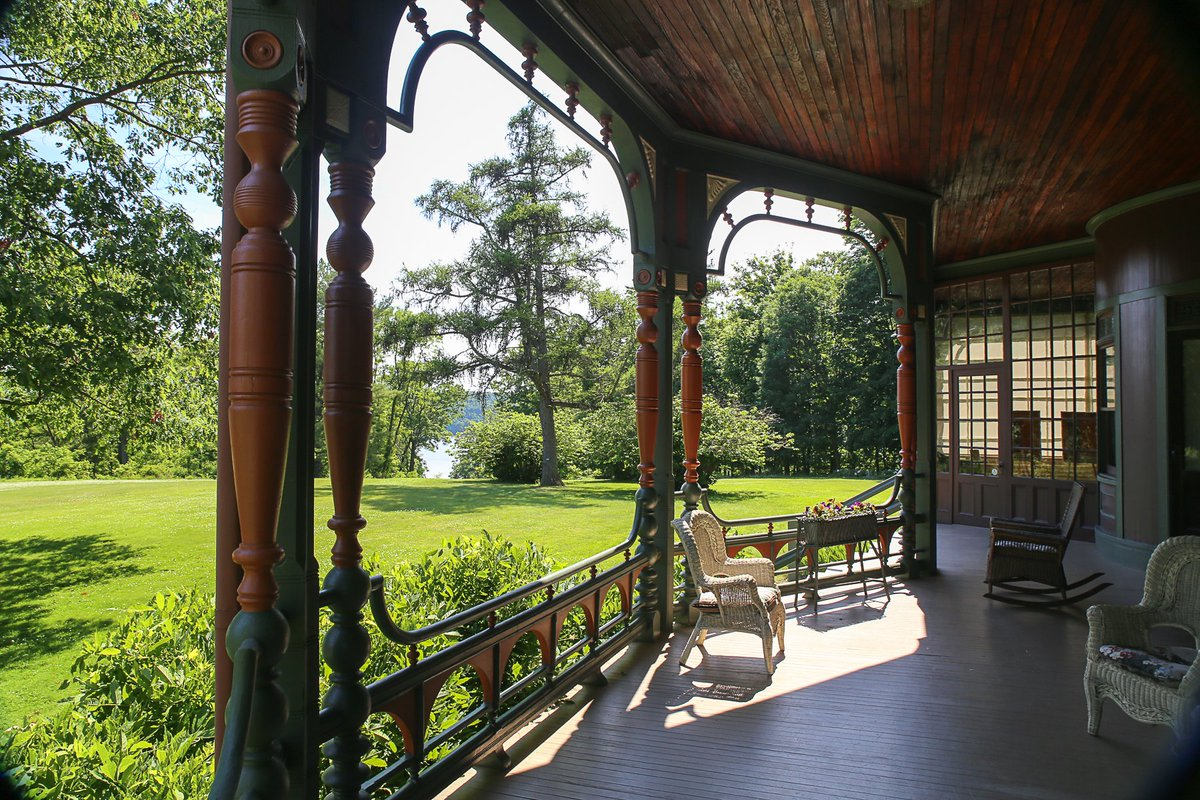 Starting Aug 15 Wilderstein will be offering guided outdoor tours! Experience a slice of Dutchess history! Tour includes the landscape, mansion exterior & a discussion about the mansion interior & family history. Advanced reservations required. More info: