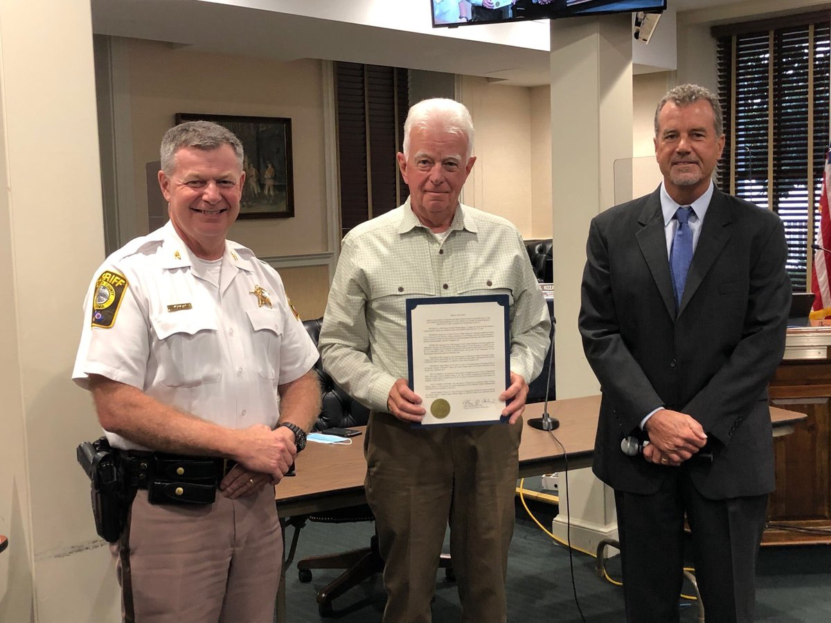 Supervisor Rick Gerhardt, Cedar Run District, presented a proclamation on September 10, 2020 from the Board of Supervisors to Major Charlie Bopp, retired, recognizing Bopp's 16 years of service to the people of Fauquier County.
